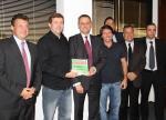 CEO da Agfa-Gevaert Group, Christian Reinaudo, entregou o Agfa Graphics Sustainability Award para a Aquarela G